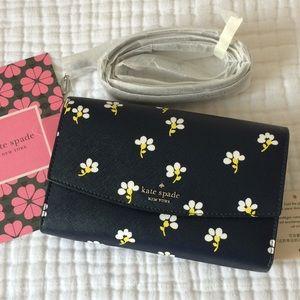 NWT Kate Spade Laurel Way Winni crossbody daisies